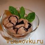 Вегетарианские рецепты: Видеорецепт — шоколадное мороженное «Парфе»