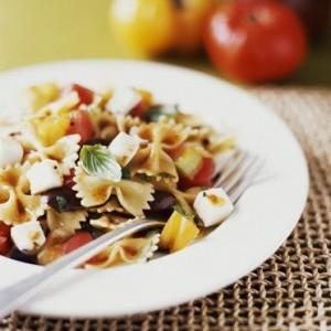 sicilijskaja-pasta-s-zapechennimi-pomidorami-baklazhanami