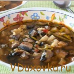 Вегетарианские рецепты: Веганский грибной суп с чечевицей