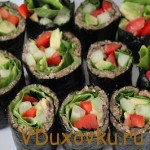 Вегетарианские рецепты: Сыроедческие роллы с миндалем