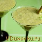 Вегетарианские рецепты: Грушево-финиковый смузи с киви и имбирем