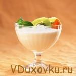 Вегетарианские рецепты: Сыроедческое мороженное из бананов и замороженный ягод