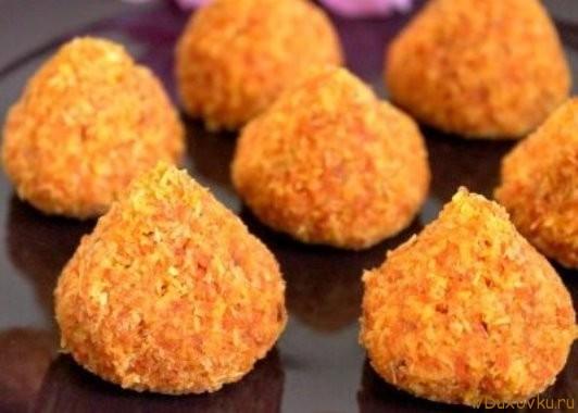 сыроедческое печенье из кокоса и моркови