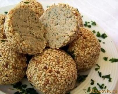 сыроедческие орехово-чесночные шарики