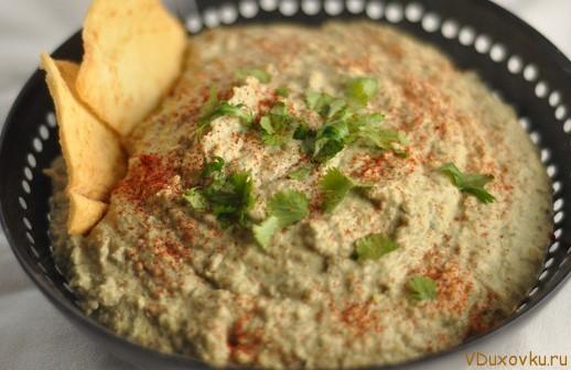 сыроедческий хумус из пророщенной чечевицы